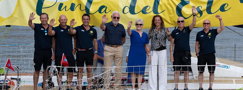 Uruguayan Ambassador visits Punta del Este Team in Portimão