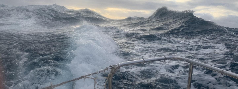 Confused seastate as seen from Punta del Este as the team raced towards Fremantle