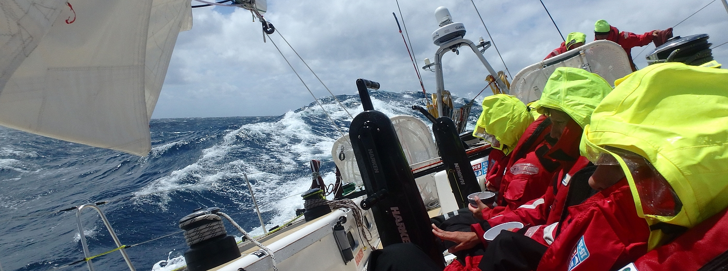 ​Race 3, Day 3: Fickle winds, squalls and Agulhas current make progress difficult