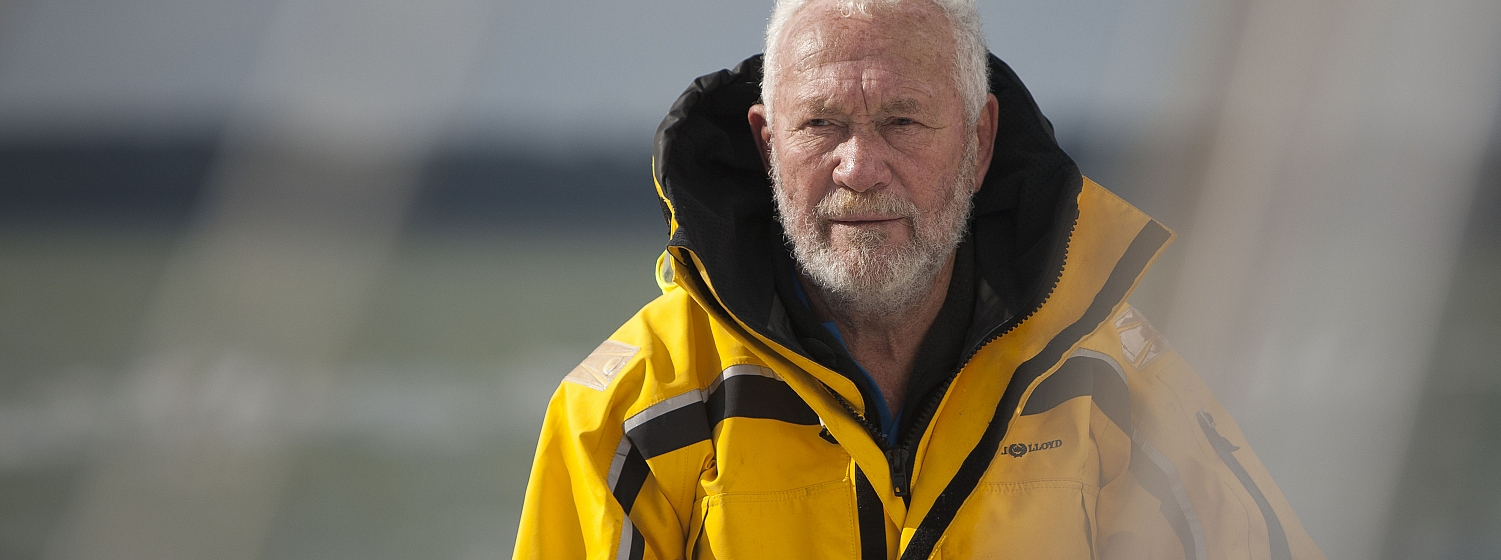 ​Sir Robin Knox-Johnston has overtaken rival Jean-Paul Froc and is in fourth place